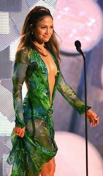 Who made Jennifer Lopez's green dress that she wore to the ...
