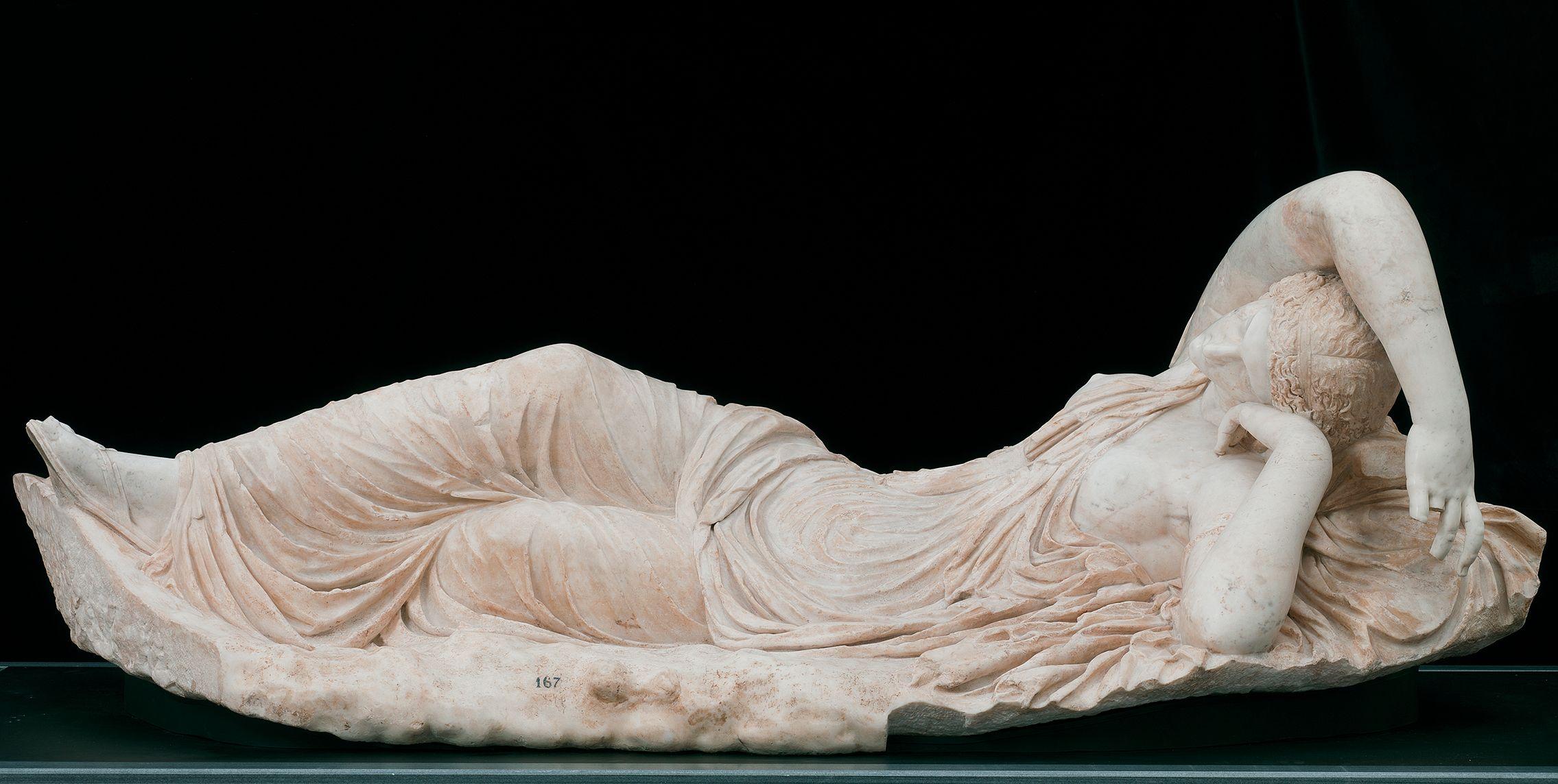 Ariadna Dormida Escultura Exenta Yacente Esculpida En Marmol Blanco Mide 99 Cm X 238 Cm X 95 Cm Es Una Muje Museo Nacional Del Prado Museos Museo De El Prado