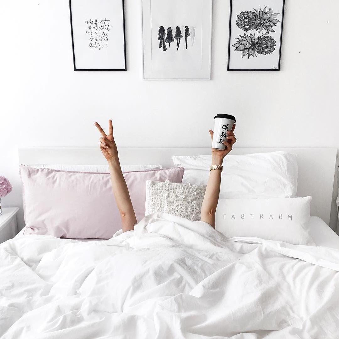 Фото девушек утром в кровати без лица