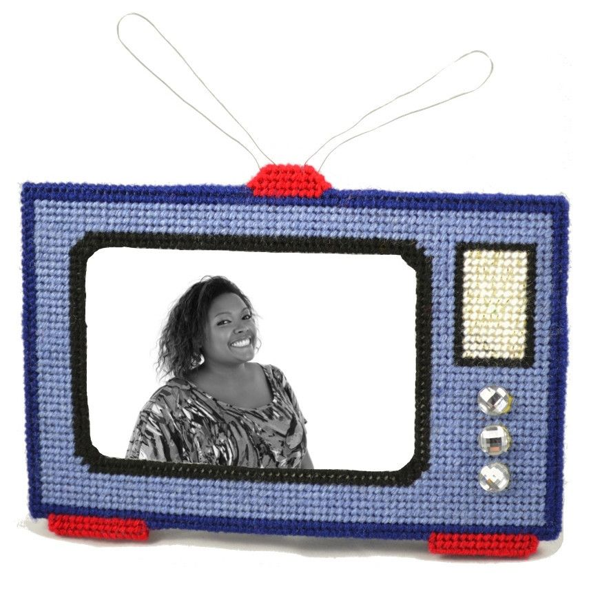 Blue TV cross stitch type frame kit. Perfect for the beginner to try.