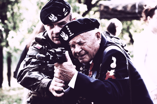 11th Armoured Cavalry Division soldier and WWII veteran from 1st Polish Armoured Division during the celebration of gen. Maczek's 120th birthday anniversary and 70th anniversary of forming the famous 1st Armoured.
