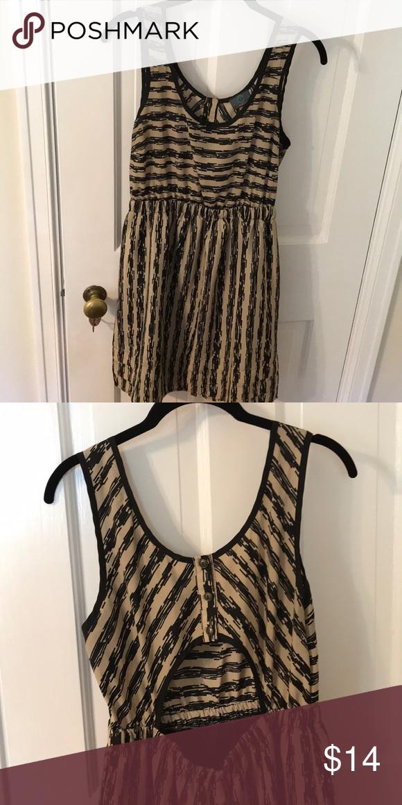 a0f47a2184 Casual sleeveless dress