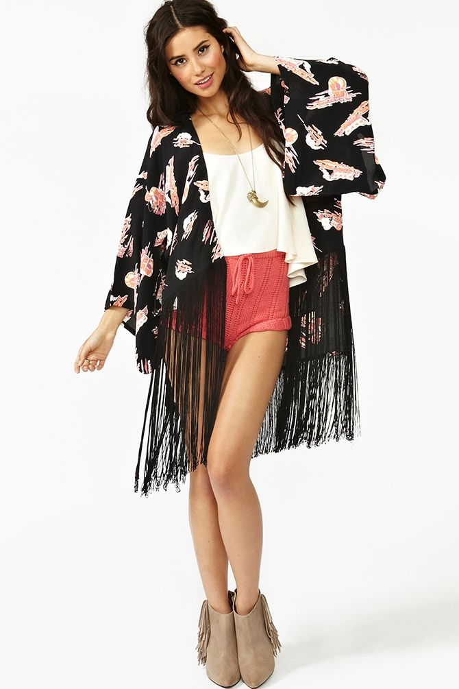 e5ec82d3dc12 I love me a kimono. This one is nice because it s short and more modern.