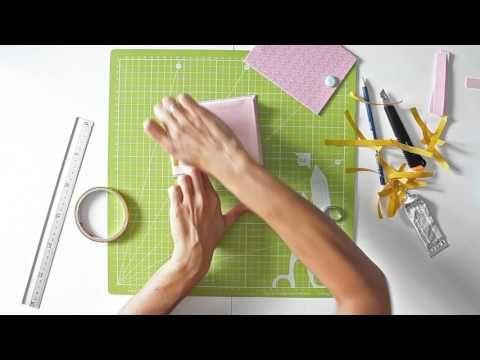 Cómo hacer un mini álbum con folios - TUTORIAL Scrapbook - YouTube