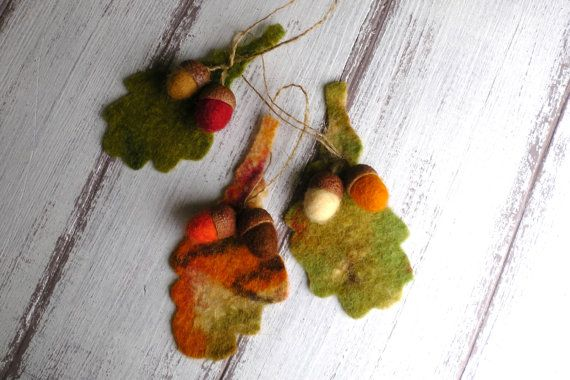 3 pcs Acorn ornaments Felted wool acorns with leaf Natural colored Rustic decorations Christmas home decoration