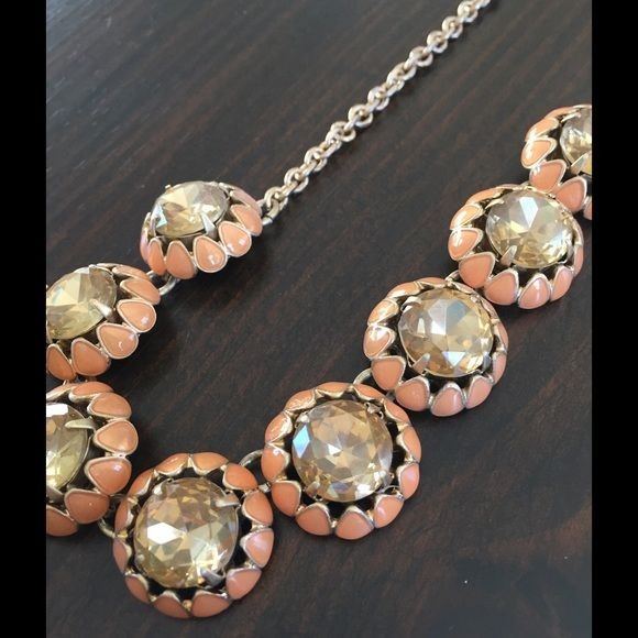 CLOSET CLEAN OUT ‼️ J. Crew necklace Citrine colored glass stones set in a vintage inspired setting. Can't you just see this with a sweater set? Great with a white t-shirt and jeans too! J. Crew Jewelry Necklaces