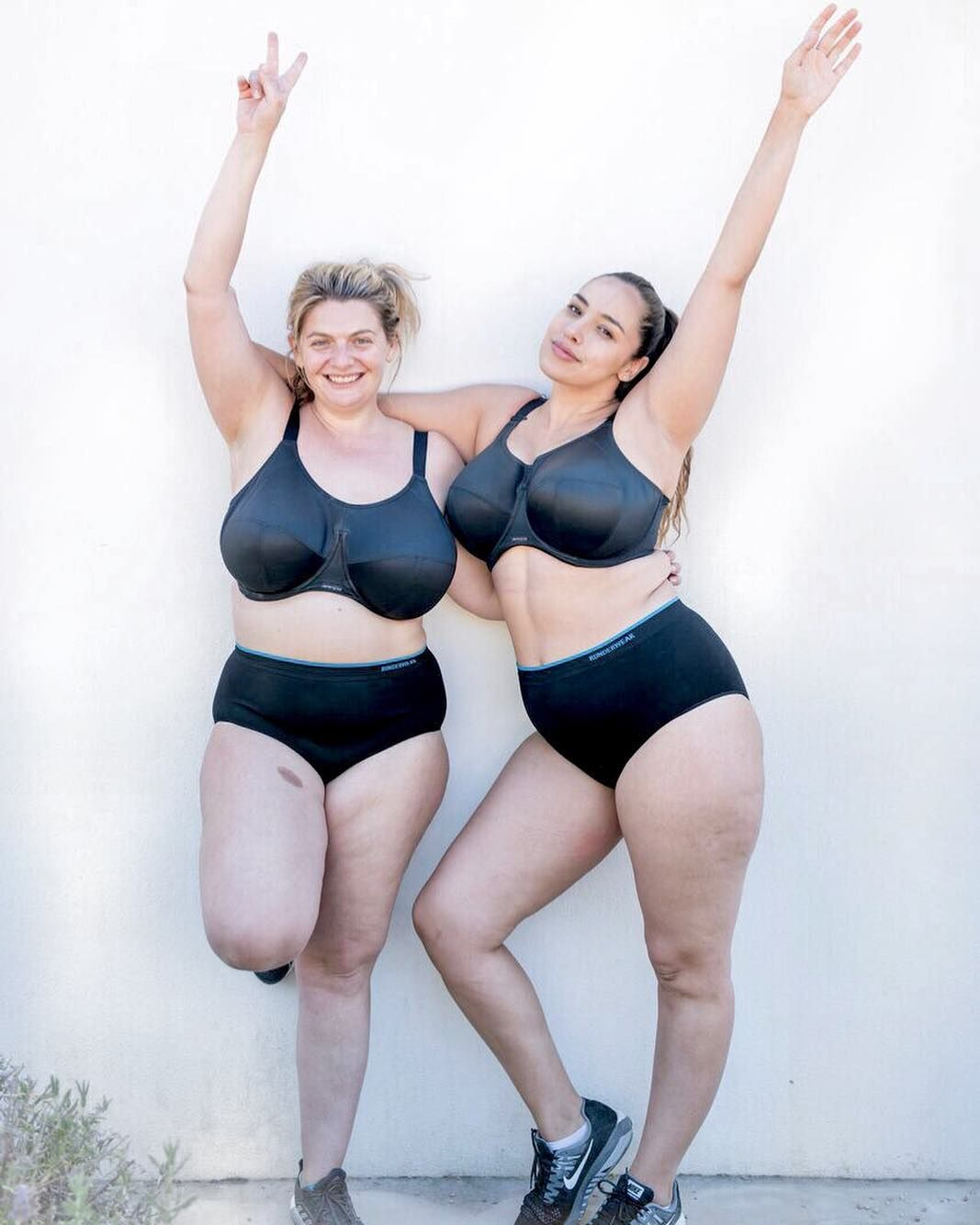 507dddea9aa20 THE BIG REVEAL so  bryonygordon and I are going to run the  londonmarathon  IN OUR UNDERWEAR To prove that you don t have to be an athlete…