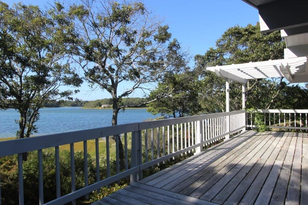 43 bournes pond road waterfront homes house deck water