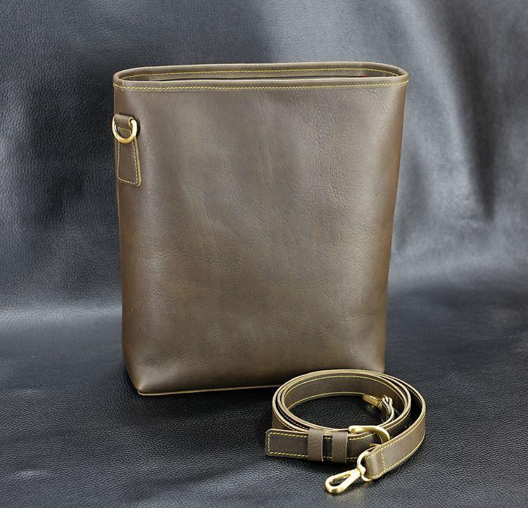 """좋아요 29개, 댓글 1개 - Instagram의 SONG'S LAW(@songslaw.kr)님: """"SONG'S LAW Leather. 2017 Quaver Bag. Premium Oil Dakota Leather. #songslaw #leather #Gütermann…"""""""