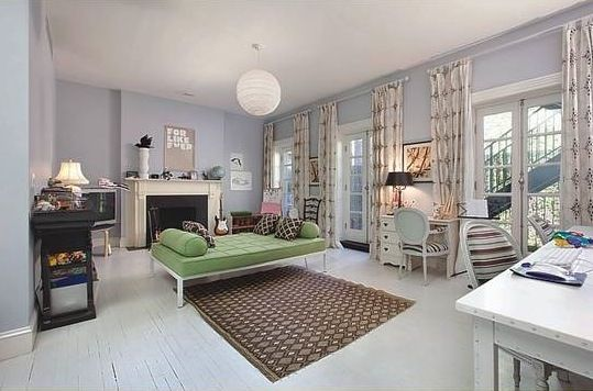 day bed and chandelier, wall color
