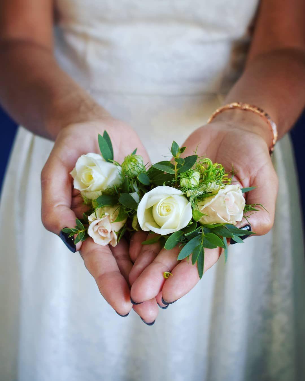 Sobotnie Butonierki Meskarzecz Wedding Buttonhole Boutonniere Weddinginspiration Floralinspiration Flowers Floraldesign Groom Flowerlovers Flowerpo