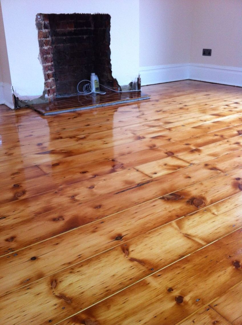 Pine Floorboards Red With Gaps