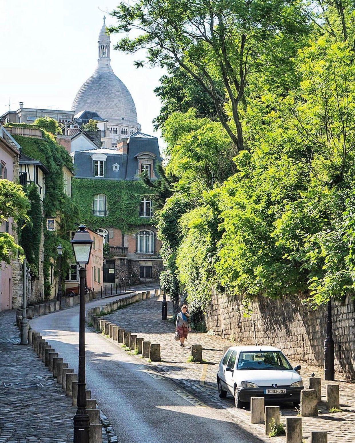 Rue de labreuvoir paris architecture parisian
