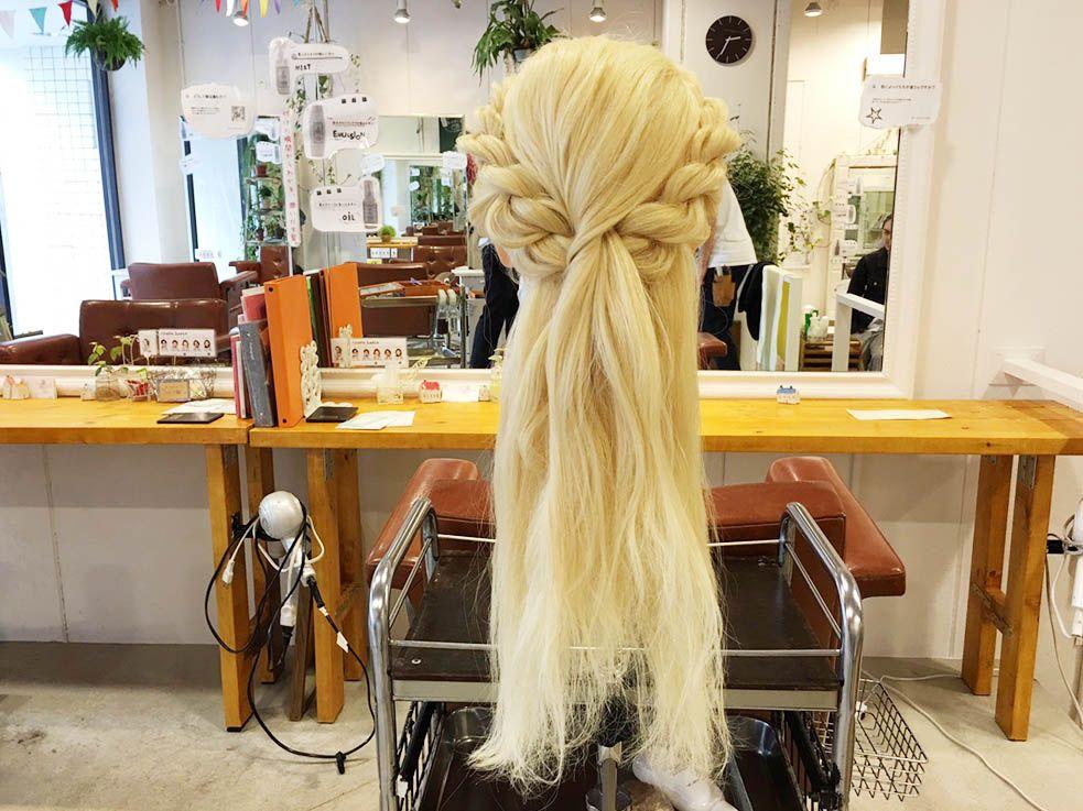 襟足の髪をロープ編み