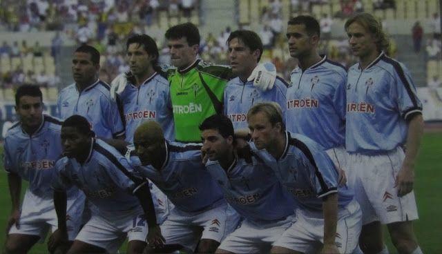 Once titular del Celta en la final de Copa de 2001.