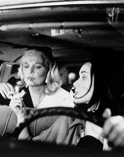 Winona Ryder & Gena Rowlands in Jim Jarmusch's Night on Earth (1991)