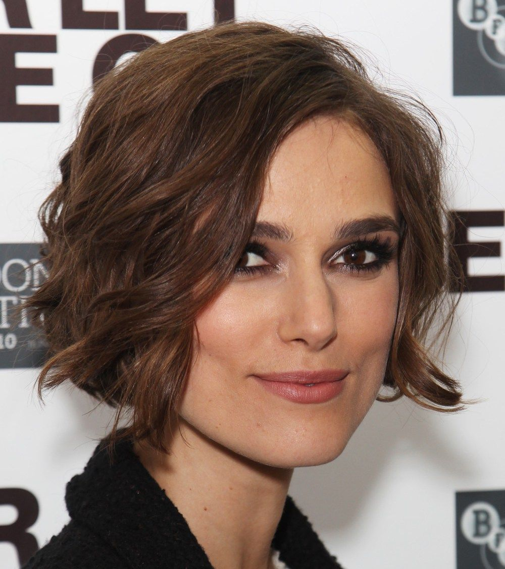 50 Best Hairstyles For Square Faces Rounding The Angles Square Face Hairstyles Short Wavy Hair Cool Hairstyles