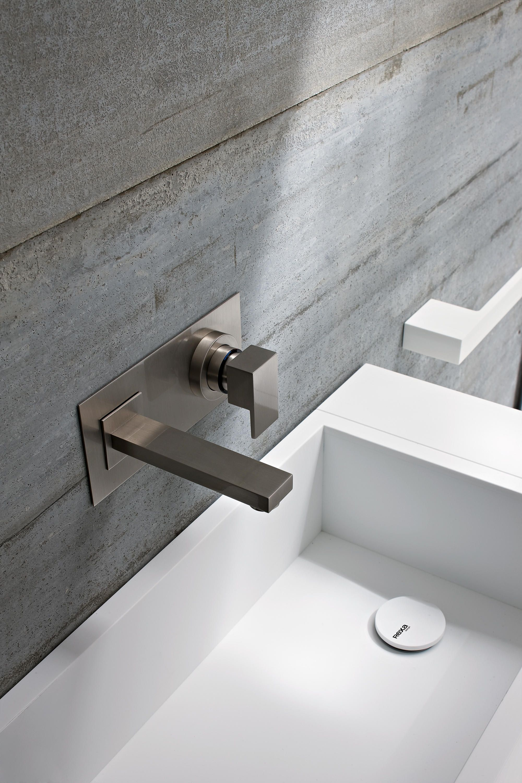 Leva Mixer Wash Basin Taps From Rexa Design Architonic Badezimmerideen Badezimmereinrichtung Armaturen Bad