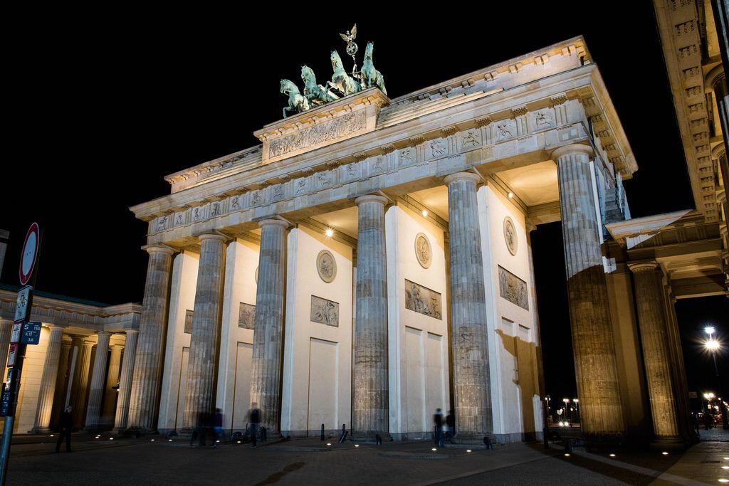 Das Brandenburger Tor In Berlin The Brandenburg Gate In Berlin Mit Bildern Brandenburger Tor Berlin Deutschland