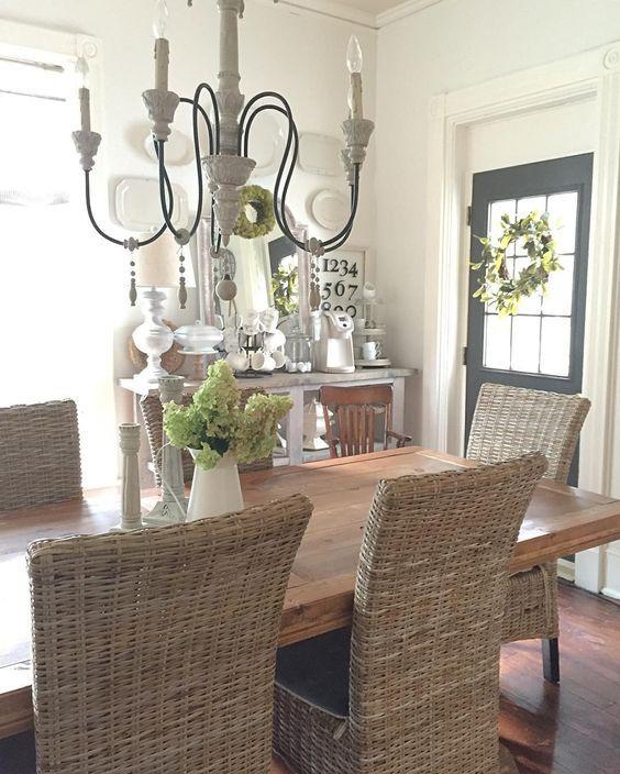 Coastal Farmhouse Dining Room With Wicker