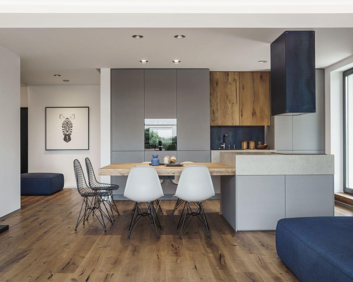 Design Forward City Apartment Mixes Materials And Textures Modern Kitchen Design Kitchen Design Kitchen Design Small
