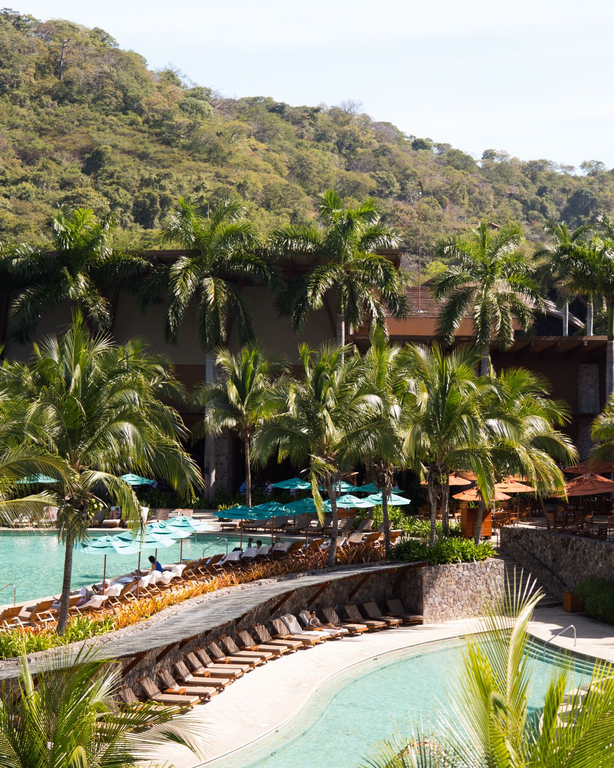 The fourseasons hotel in costa rica is the perfect for Luxury vacation costa rica