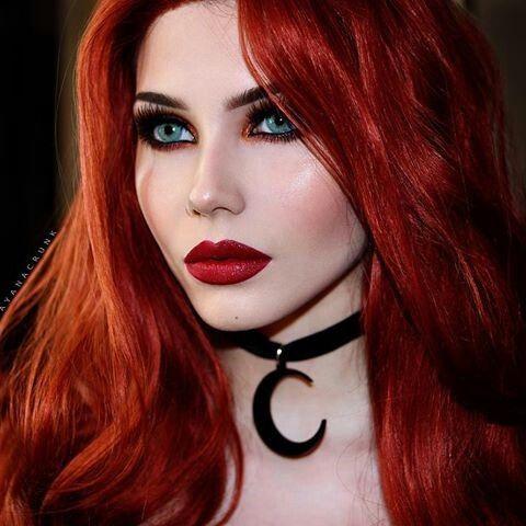 pin de bernyvch en gothic girl