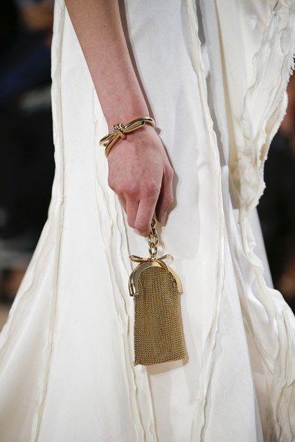 Balenciaga - Paris Fashion Week SS 2016