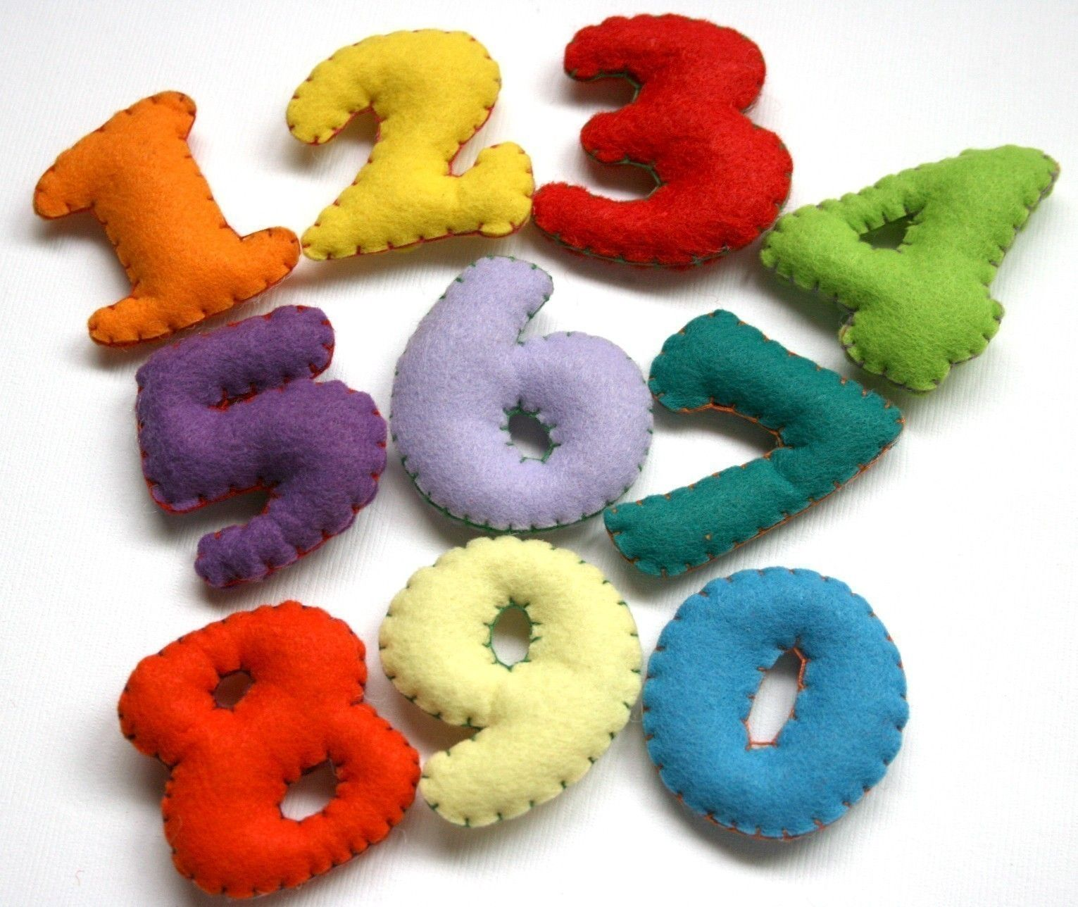 Stuffed Felt Numbers Set 10 00 Via Etsy Felt Letters Felt Crafts Felting Projects