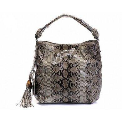 http://fashion2013.sport24.com/756009/everyone-wants-a-beautiful-fashion-designer-bag/