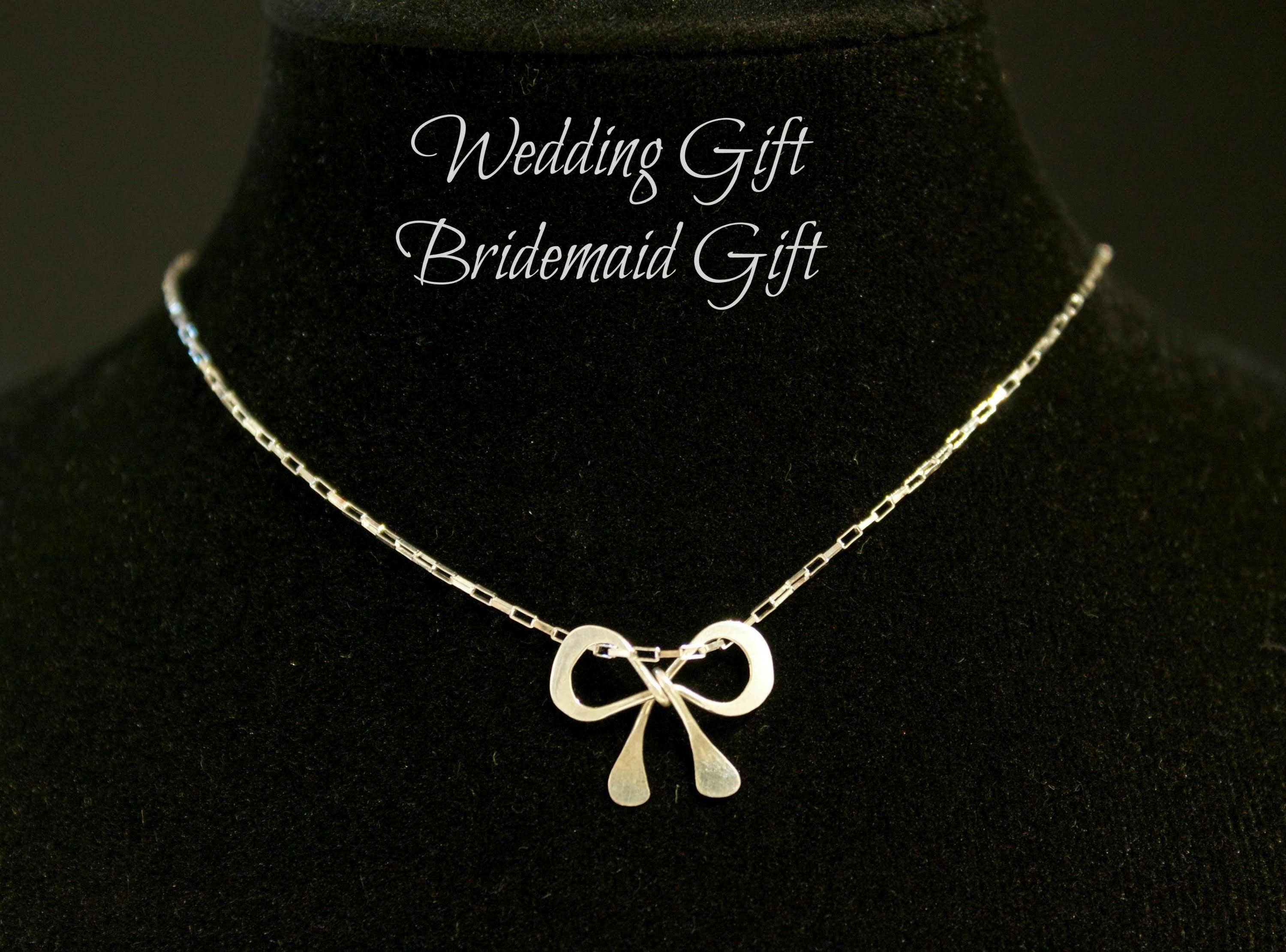 How To Make Your Own Wedding Gifts Bridemaids Gifts Parties Gifts