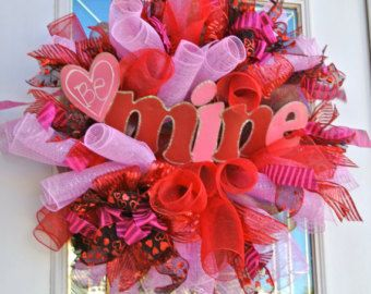 Be Mine Heart Valentines Wreath in Pinks and Reds,Valentines Wreath, Be Mine Wreath,Valentin Wreath, Valentine Decoration,Party Decoaration