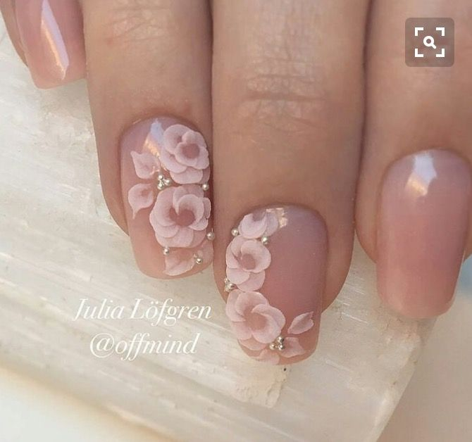 20 classy wedding nail art designs wedding nails art classy and would love on shorter oval nails just beautiful prinsesfo Gallery