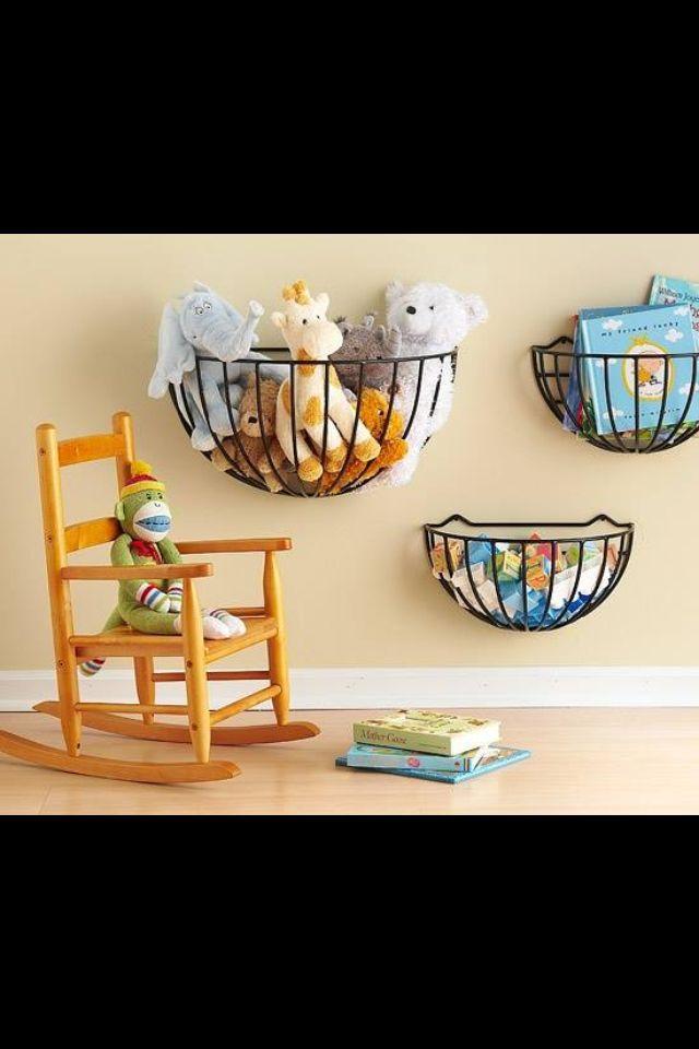 du jardin la salle de jeux id e de rangement pour jouets et peluches organisation. Black Bedroom Furniture Sets. Home Design Ideas