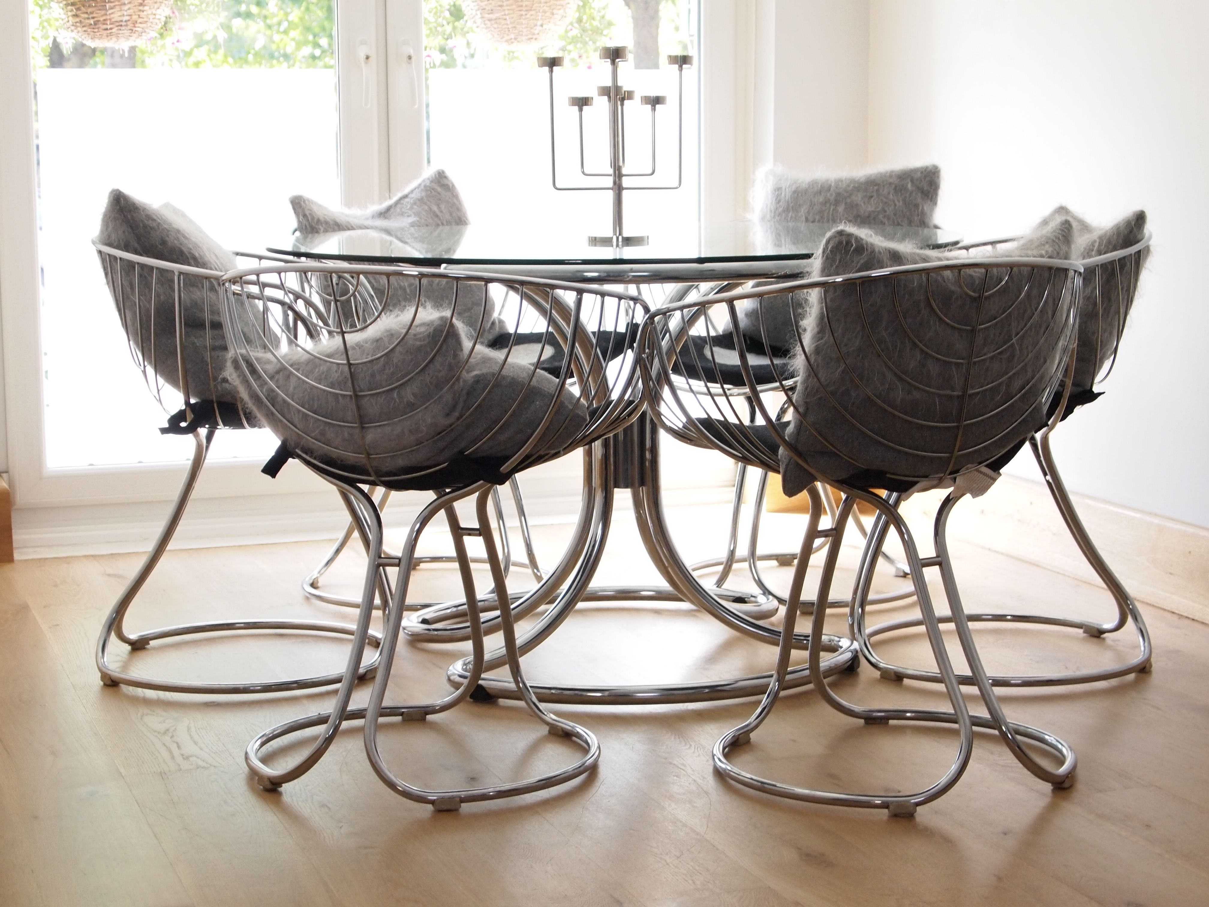 Chrome Table and Tulip chairs in all their 70's glory