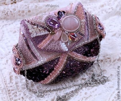 Elegant evening bag in the ash-pink, embroidered with beads sequins, crystals and pink quartz, lining Genuine suede buckle button magnet, there is a long chain.