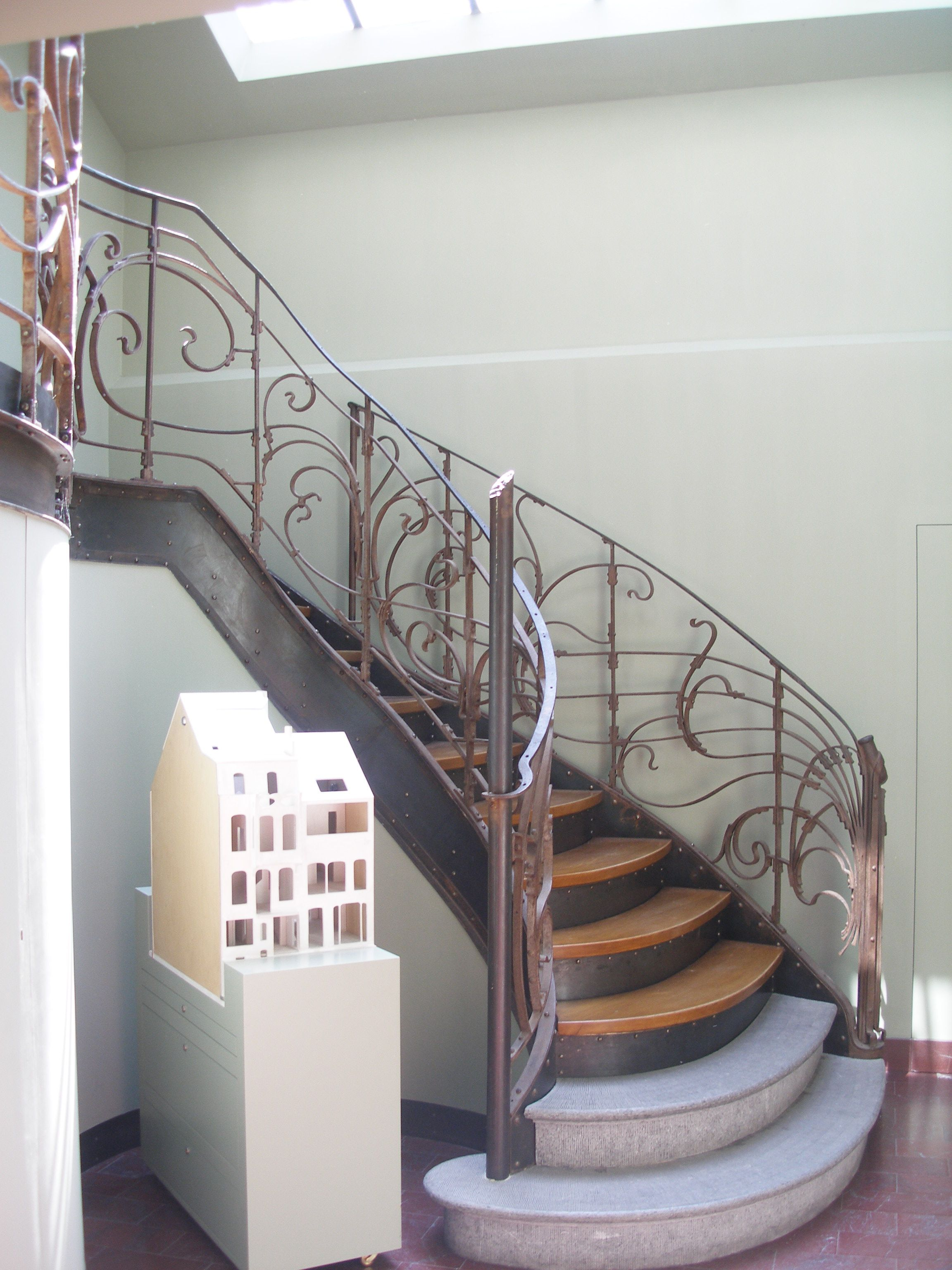 Best Stairs To First Floor Of The Victor Horta House Museum 400 x 300