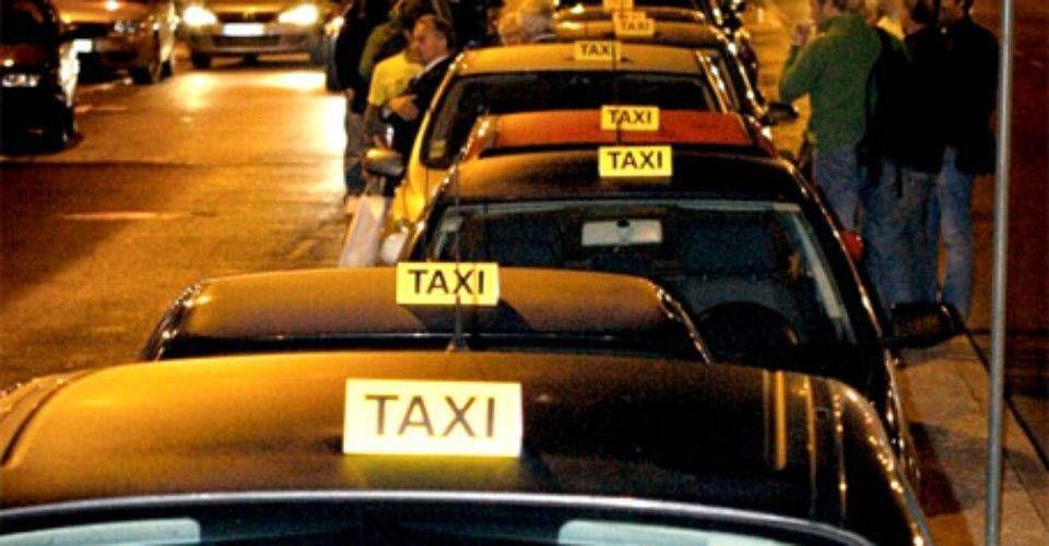 Proponen abrir mercado de taxis en aeropuertos - Proyecto 40