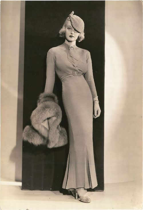 My 1930s Fashion Obsession | Bette davis, Gowns and 1930s