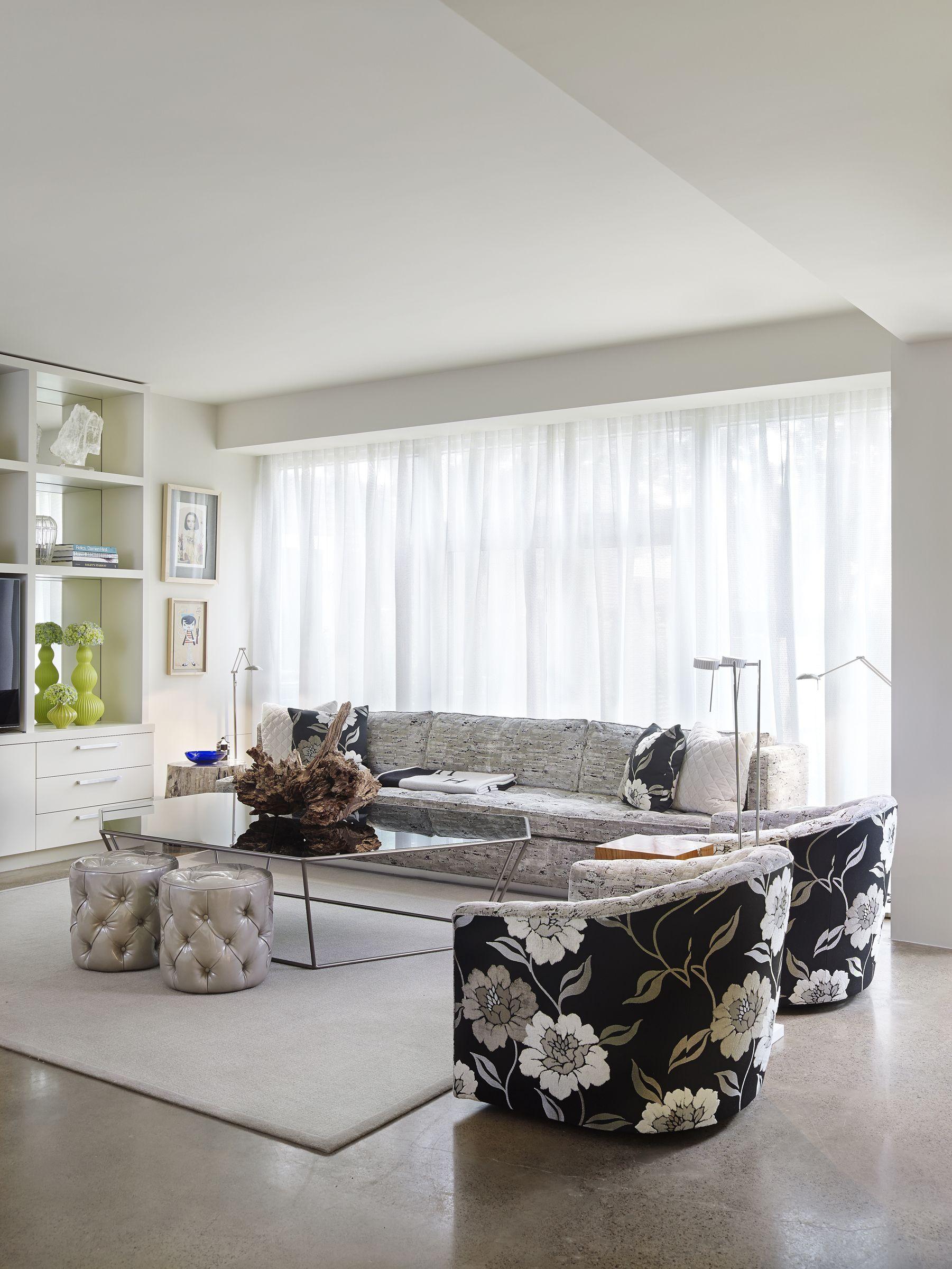 Custom Sofa, Channel Back York Chairs U0026 Tufted Stools | Cc: Alice Cottrell Good Ideas