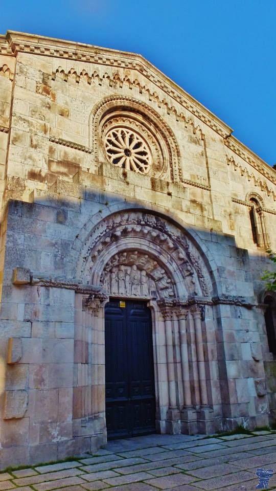 Colegiata De Santa María Del Campo Arquitectura En España Iglesias Antiguas Iglesia Románica