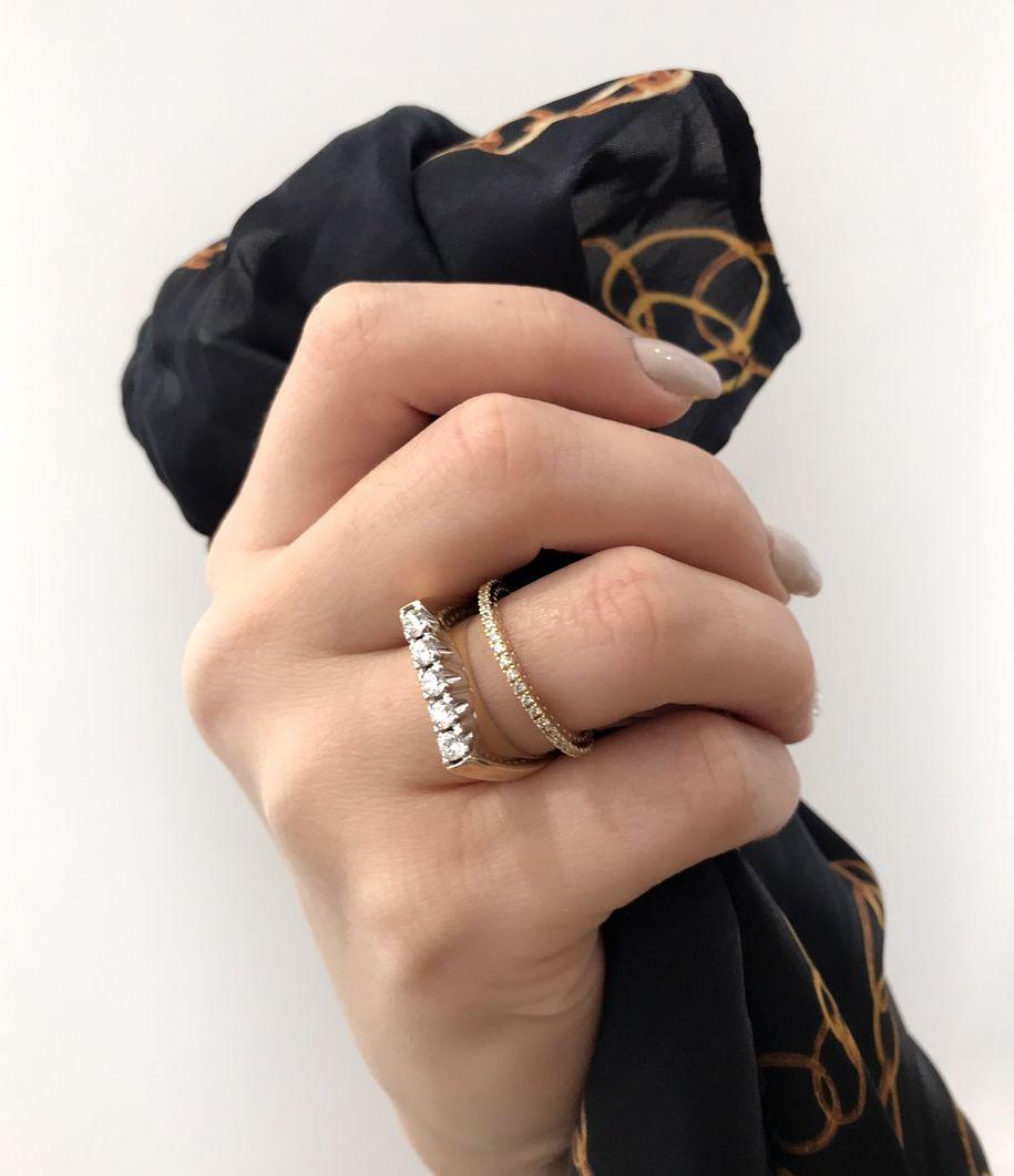 Dating για 4 χρόνια δεν δαχτυλίδι φρούριο St John υπηρεσία γνωριμιών
