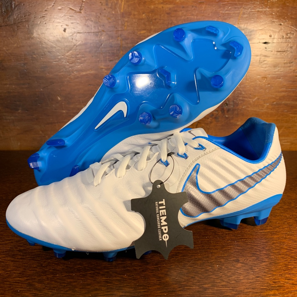 Nike Shoes Nike Tiempo Legend 7 Pro Fg Soccer Cleat Men Sz 10 Color Blue White Size 10 With Images Soccer Cleats Cleats Nike
