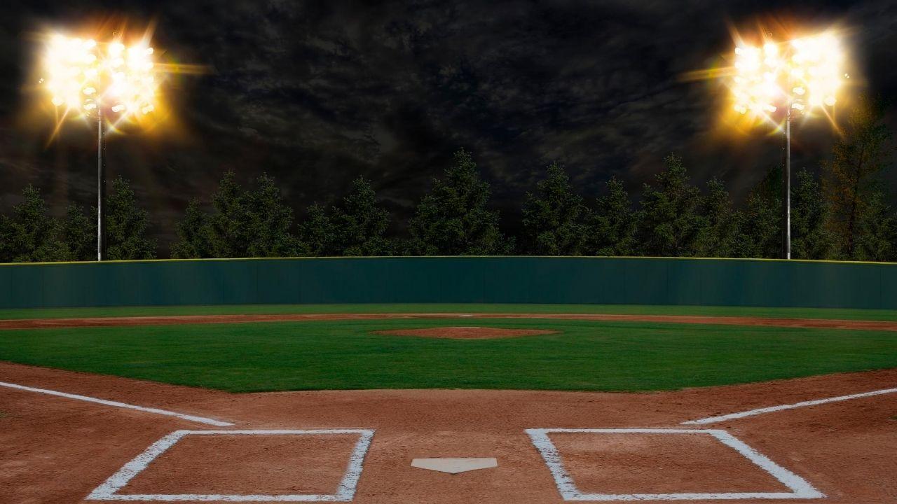 Rangers Gibaut Woodward Suspended For Tatis Grand Slam Fallout Mlb Has Come Down On The Rangers Amid The Fall In 2020 Baseball Stadium Baseball Photos Baseball Field