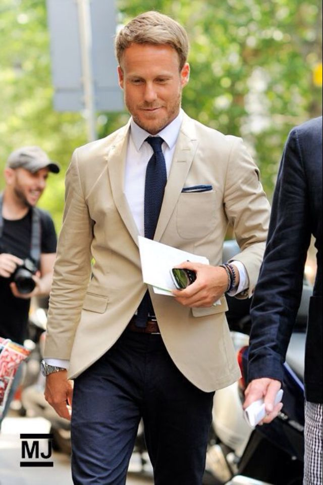 Light jacket with dark pant   My Style   Pinterest   Man outfit ...