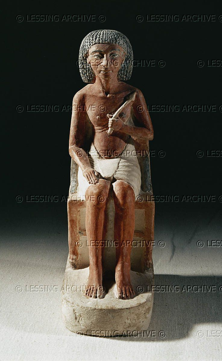 EGYPT SCULPTURE 2ND-1ST MILL.BCE An official seated on a chair, from Amarna. 1340 BCE, New Kingdom, Tutankhamun Period. Height: 18 cm Egyptian Museum, Cairo, Egypt