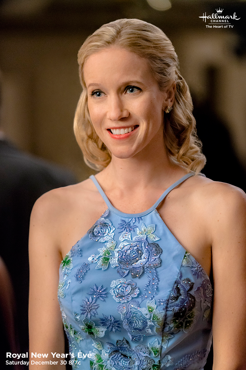 Royal New Year's Eve Jessy Schram is royal and glamorous