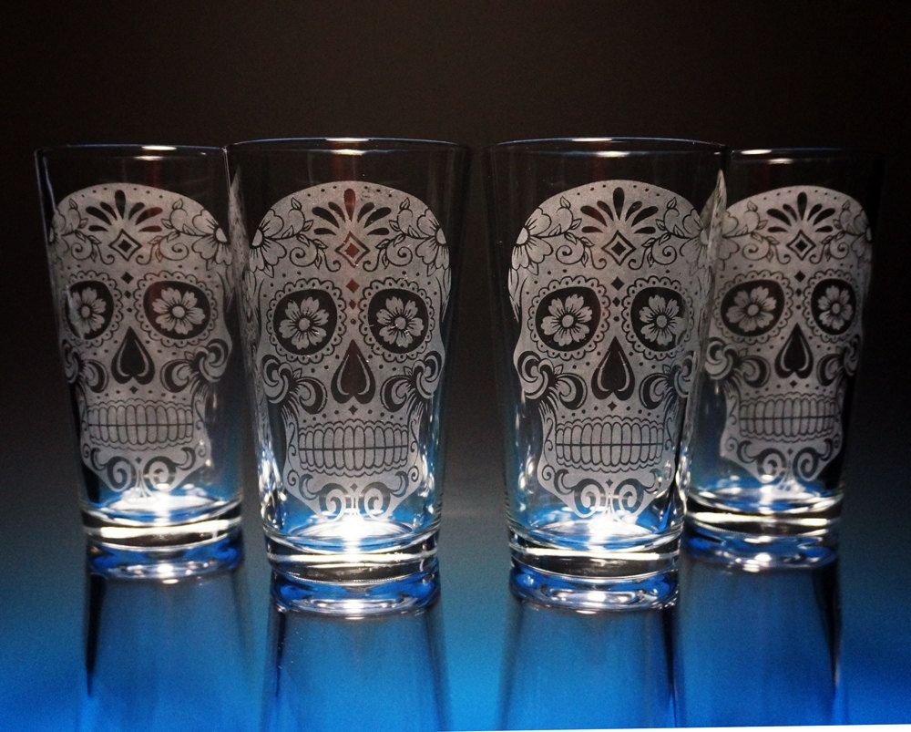 Sugar Skull Day Of The Dead Etched Pint Glasses By Nexusglass 50 00 Engraved Glassware Etched Glassware Glass