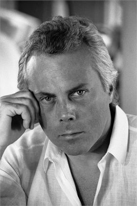 In 1975 Giorgio Armani founded Giorgio Armani Spa with a friend in Milan   following its success he founded the Giorgio Armani Corporation where he  began ... e805388b89b0c