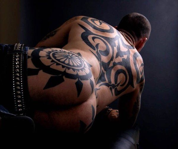 Strong Macho Gay Hunk With Large Tattoo